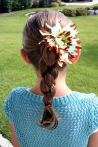 cute girls ponytail hairstyle